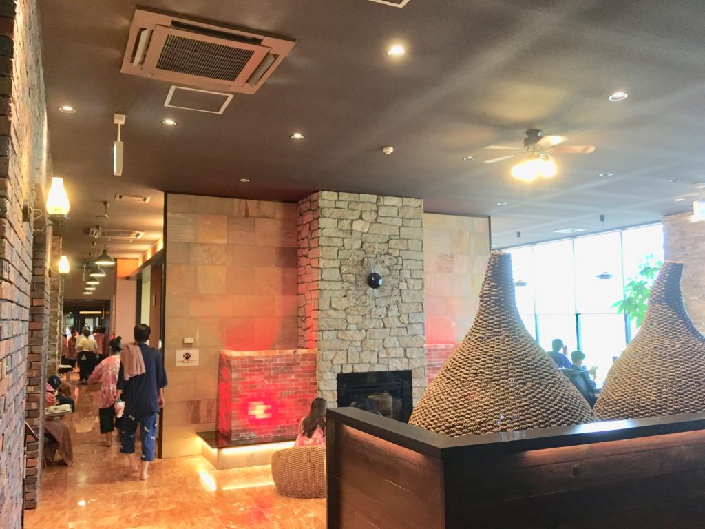 花湯スパリゾートの温活cafe ネスト