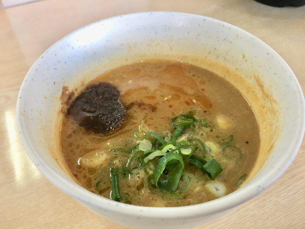 濃厚鶏白湯つけめんのスープ