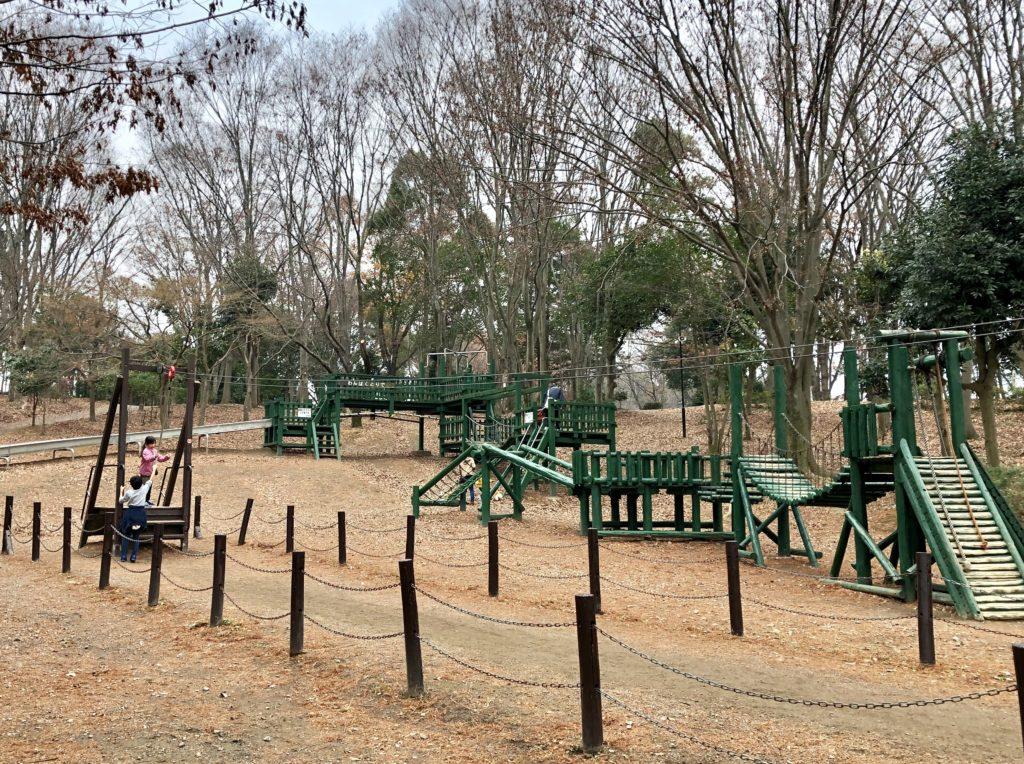 上尾丸山公園の木製遊具
