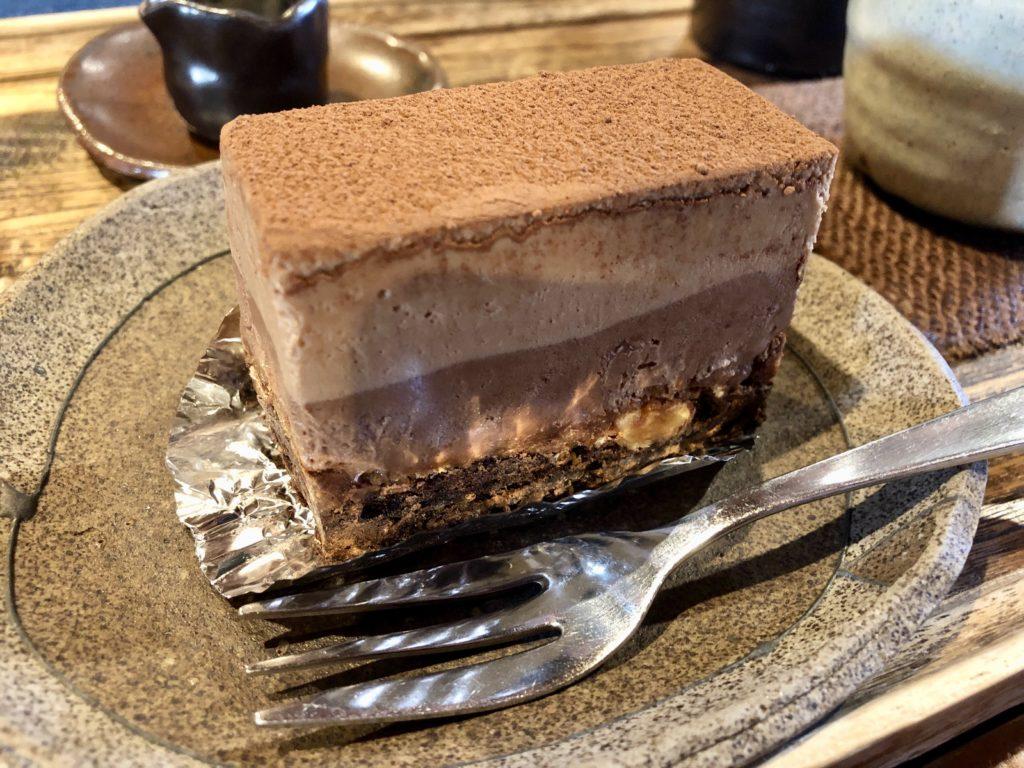 チョコレートケーキのアップ写真