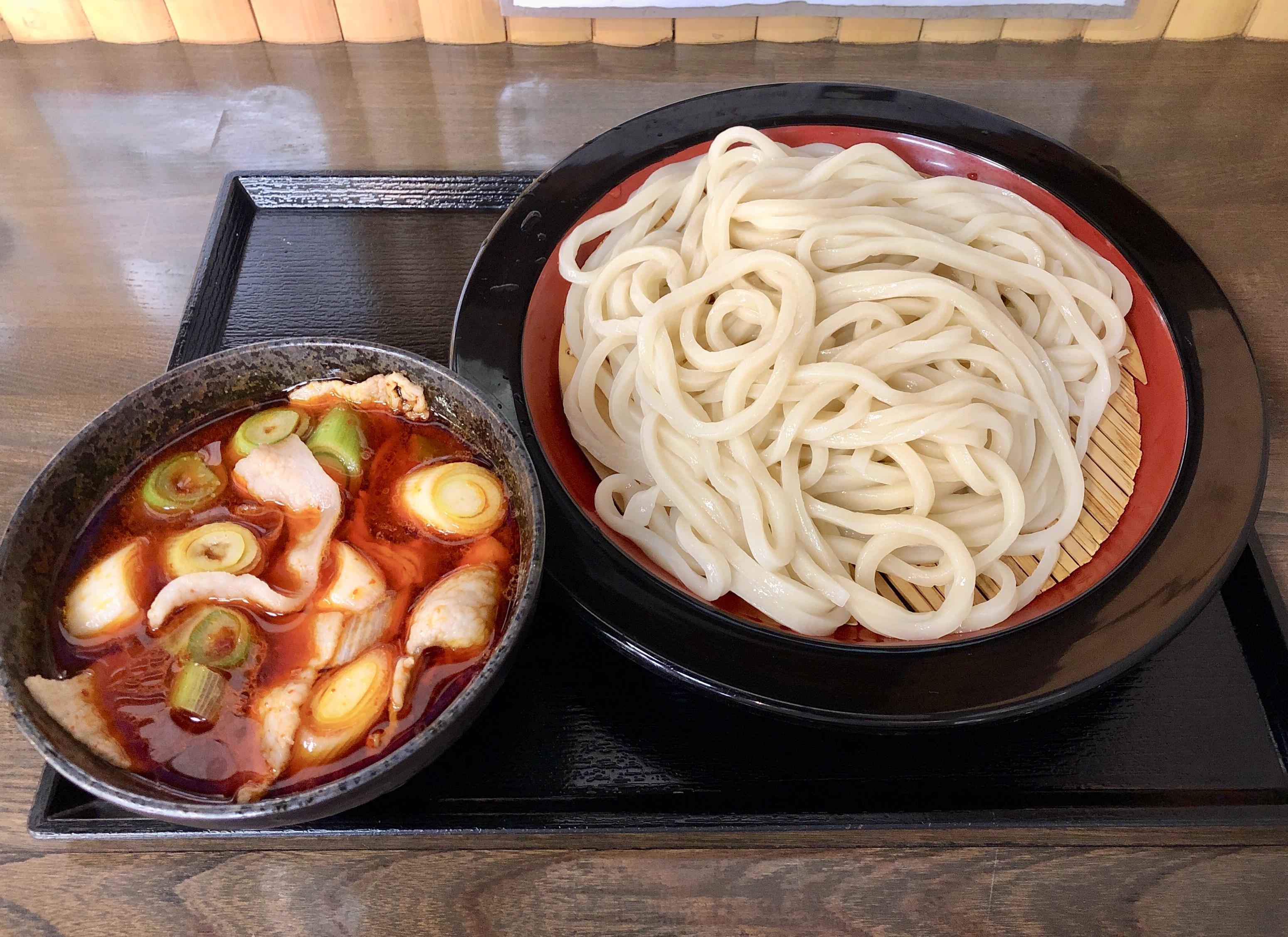 大宮市場・藤原 ランチ時に旨辛肉汁うどんを食べてみた。辛さは調節OK!