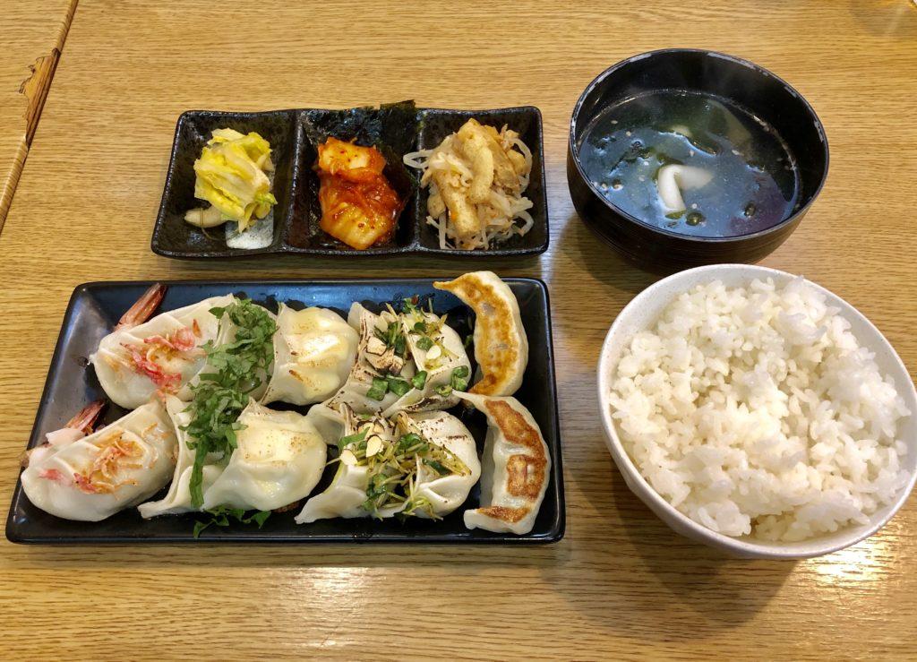 餃子の6種盛り(12個セット)