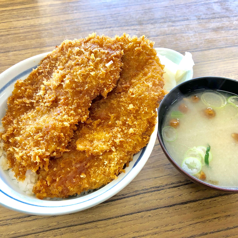 大島屋|三峯神社のランチにおすすめ!西武鉄道CMで出たわらじカツ丼がうまい!
