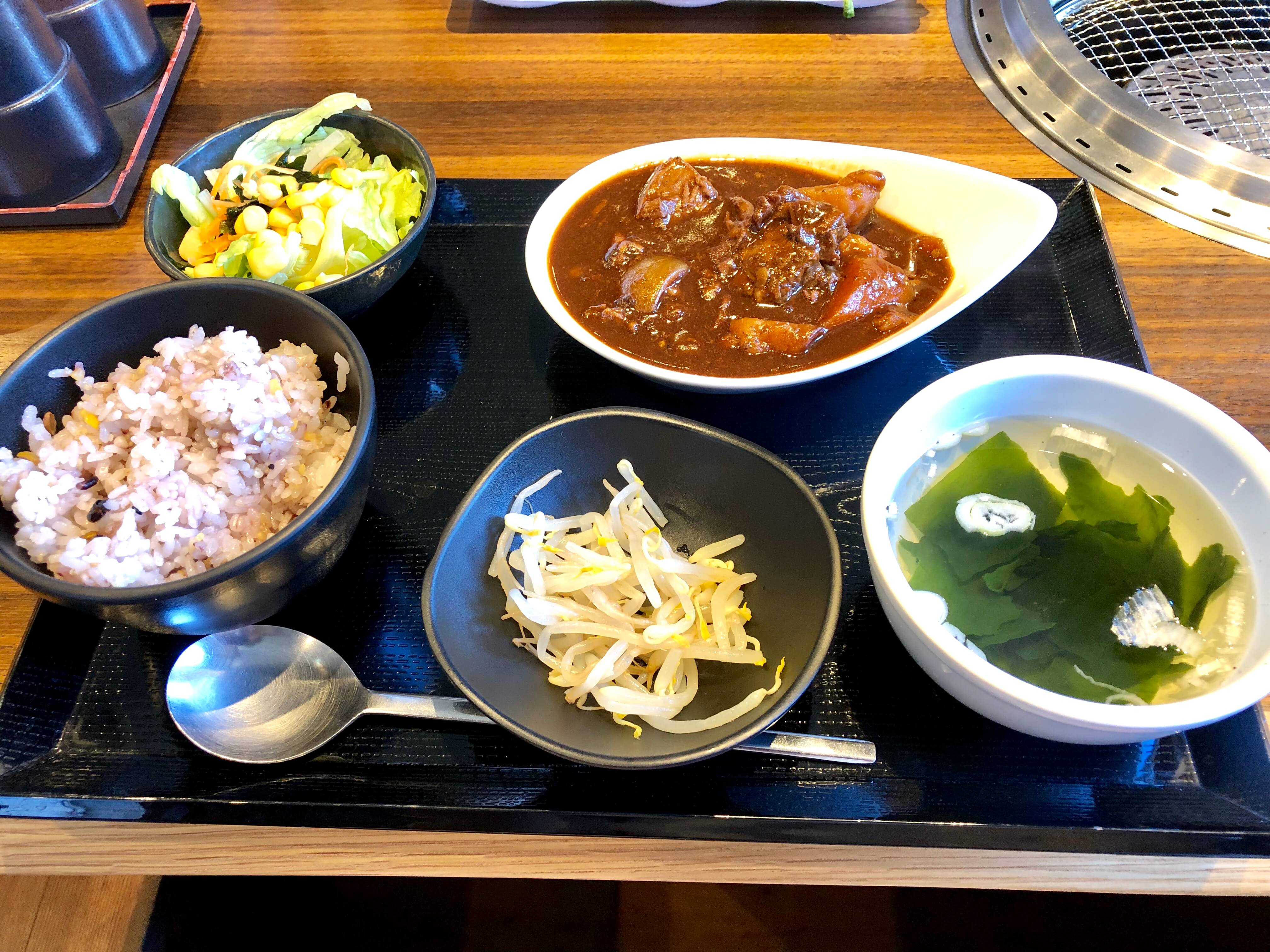 牛国屋 吉野町店の日替わり500円ランチ&レディースランチが満足度大!土日祝日も食べられる♪