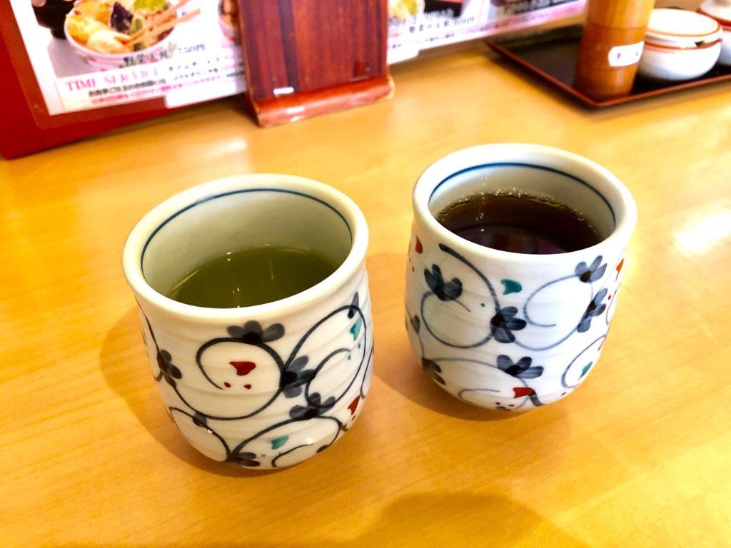 緑茶とほうじ茶